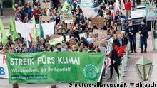 Deutschland RWE Hauptversammlung in Essen Fridays-for-Future-Proteste