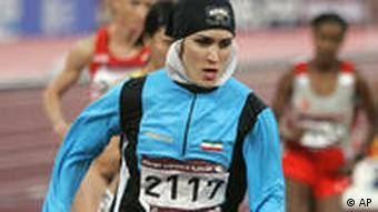 لیلا ابراهیمی مجاوری در ۸۰۰ متر زنان (دو و میدانی) در دور پانزدهم از بازیهای آسیایی در قطر - ۲۰۰۶