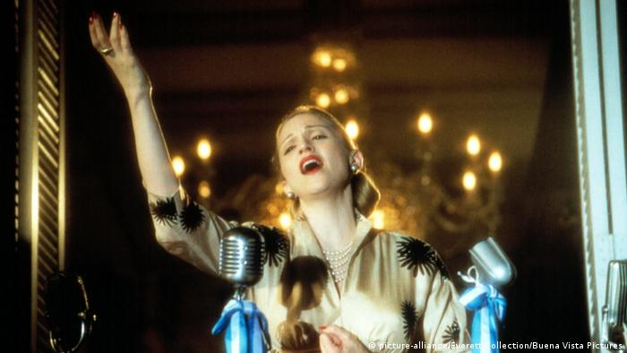 Bildergalerie zum 100. Geburtstag von Eva Peron Film Evita 1996 (picture-alliance/Everett Collection/Buena Vista Pictures)