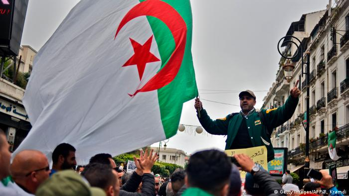 Protesters demonstrate for the 11th consecutive Friday in Algiers on May 3, 2019 (Getty Images/AFP/R. Kramdi)