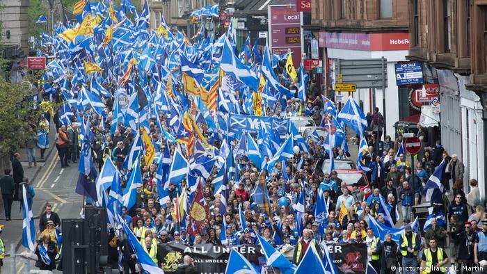 Демонстрация в Глазго сторонников независимости Шотландии