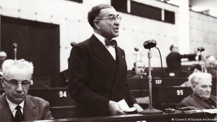 Europarat, historisch | Kasim Gülek, Generalsekretär CHP 1949