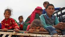 Syrien Provinz Idlib Bewohner fliehen vor Kämpfen