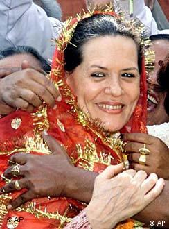Sonia Gandhi renounced the office of prime minister in the 2004 elections