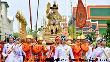 HM King Maha Vajiralongkorn Bodindradebayavarangkun proceeds to the Temple of the Emerald Buddha in Bangkok, on May 04, 2019, to proclaim himself the Patron of Buddhism Photo: Committee coronation King Rama / pool / Albert Nieboer / Netherlands OUT / Point De Vue OUT |
