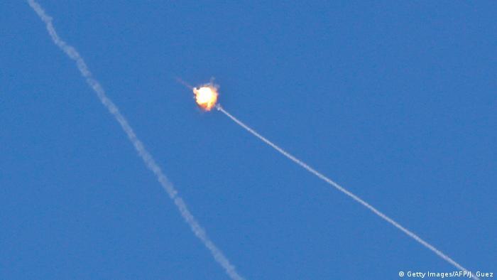 إطلاق ثلاثة صواريخ من قطاع غزة على جنوب إسرائيل