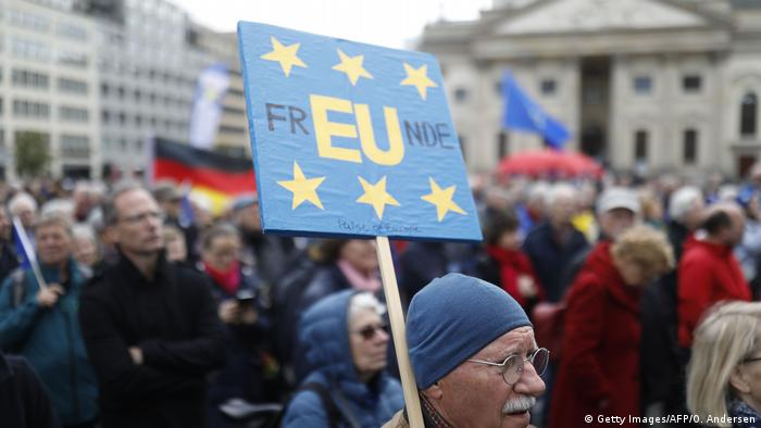 EU Deutschland l Pulse of Europe - Demonstration in Berlin (Getty Images/AFP/O. Andersen)