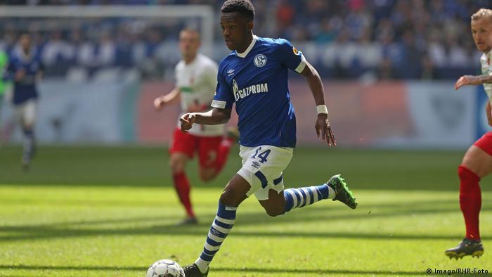 Fussball Bundesliga l Schalke 04 vs FC Augsburg l Rabbi Matondo (Imago/RHR-Foto)