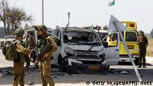 Israel Gaza l Auto wurde von einer Rakete in der Nähe von Yad Mordechai im Süden Israels getroffen