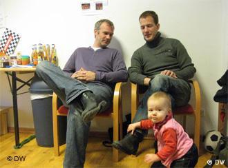 Padres de baja por paternidad en el Centro de Padres de Berlín.
