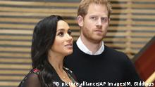 UK Monarchie l Prinz Harry und Herzogin Meghan l Baby Sussex (picture alliance/AP Images/M. Giddings)
