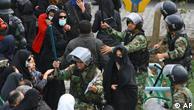 صحنهای از رویارویی نیروهای انتظامی با جنبش اعتراضی در ایران - عکس از آرشیو