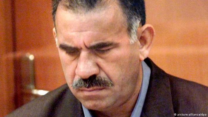 PKK-Gründer Öcalan sitzt seit 20 Jahren in Isolationshaft (Archivbild 1999)