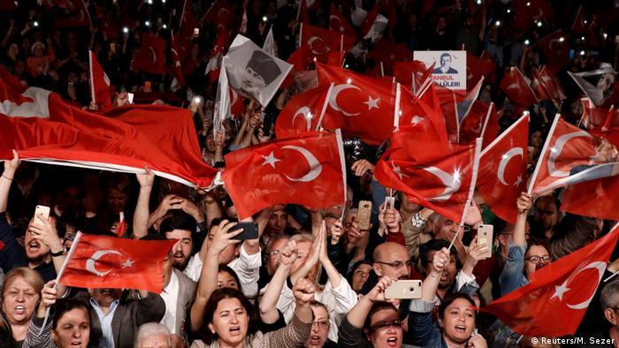 CHP'nin adayı Ekrem İmamoğlu'nun 6 Mayıs akşamı İstanbul'da düzenlediği miting