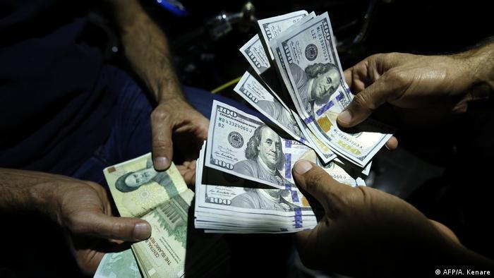 Iran Geldwechsler in Teheran (AFP/A. Kenare)