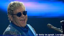 20.9.2015, RIO DE JANEIRO, Brasilien Elton John performs at 2015 Rock in Rio on September 20, 2015 in Rio de Janeiro, Brazil. (Photo by Alexandre Loureiro/Getty Images)