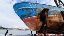 Biennale di Venezia 2019 | Flüchtlingsboot für Installation, Ankunft in Venedig