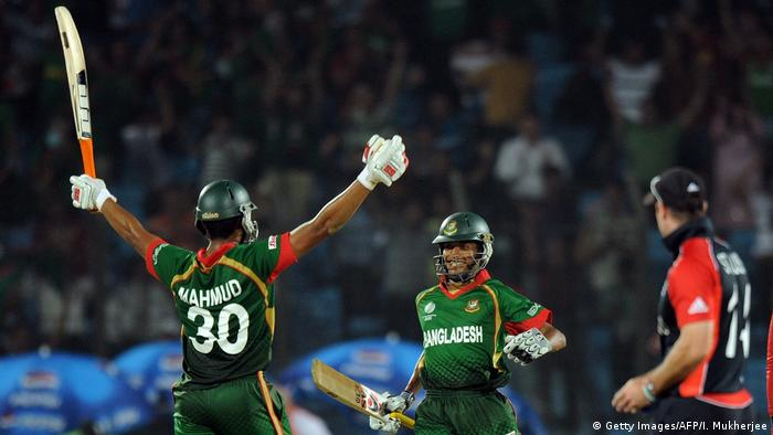 Cricket World Cup 2011 | Sieg Bangladesch vs. England (Getty Images/AFP/I. Mukherjee)