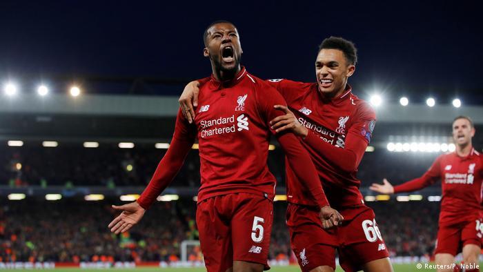 Georginio Wijlandum scores for Liverpool (Reuters/P. Noble)