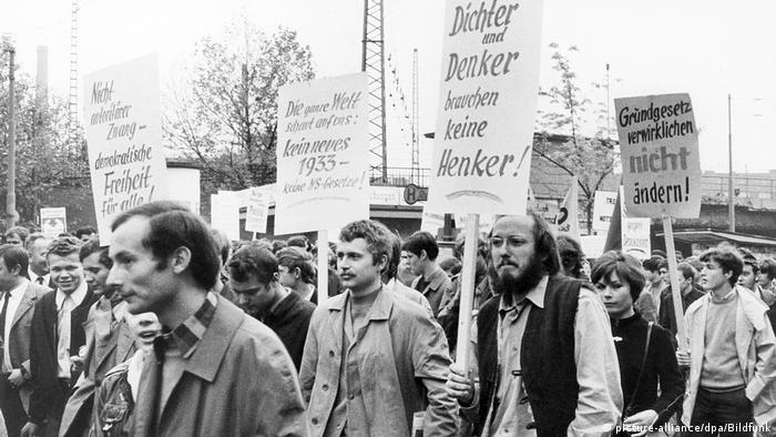 Student protests 1968 (picture-alliance/dpa/Bildfunk)