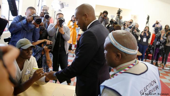 Mmusi Maimane casts his vote in Soweto