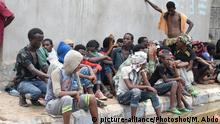 ADEN, April 25, 2019 () -- Detained illegal African migrants are seen at their detention center in Aden city, Yemen, on April 25, 2019. Thousands of illegal African immigrants and asylum-seekers detained by security authorities in Yemen's southern port city of Aden are facing miserable humanitarian conditions. TO GO WITH Feature: Detained African migrants face harsh conditions in Yemen's Aden (/Murad Abdo) |