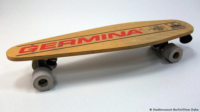 The Germina skateboard (Stadtmuseum Berlin/Oliver Ziebe)