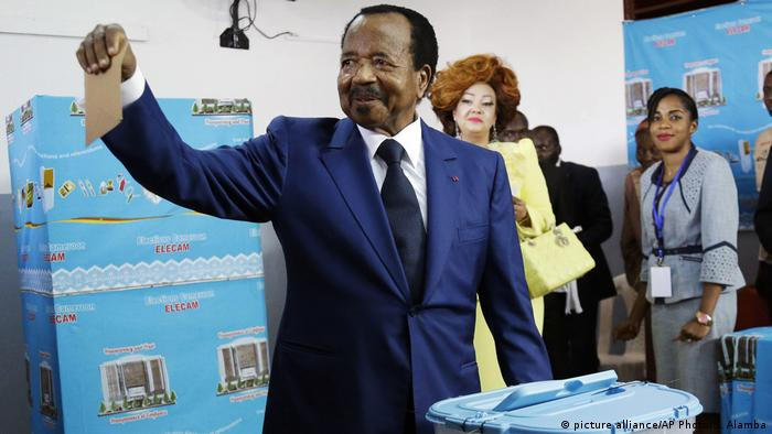 Kamerun Wahl l Präsident Paul Biya (picture alliance/AP Photo/S. Alamba)