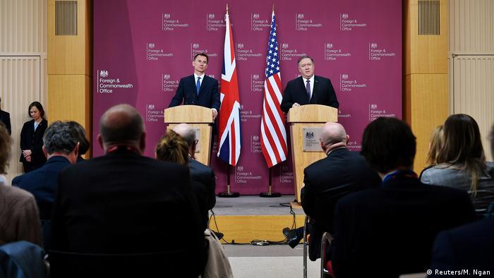 Großbritannien London | Mike Pompeo, US-Außenminister & Jeremy Hunt, Außenminister (Reuters/M. Ngan)