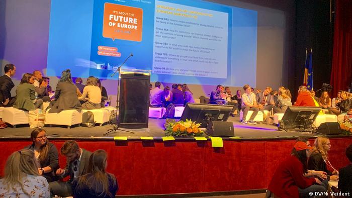 Rumänien   Treffen vom 300 Jugendlichen aus der ganzen EU in Sibiu