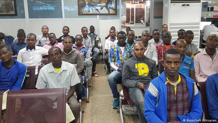 Aus Tanzanias Gefängnissen befreite Äthiopier
