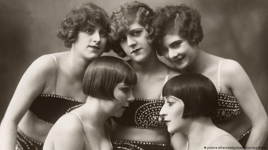 Photo of Эпохальная стрижка: зачем женщины обрезали волосы