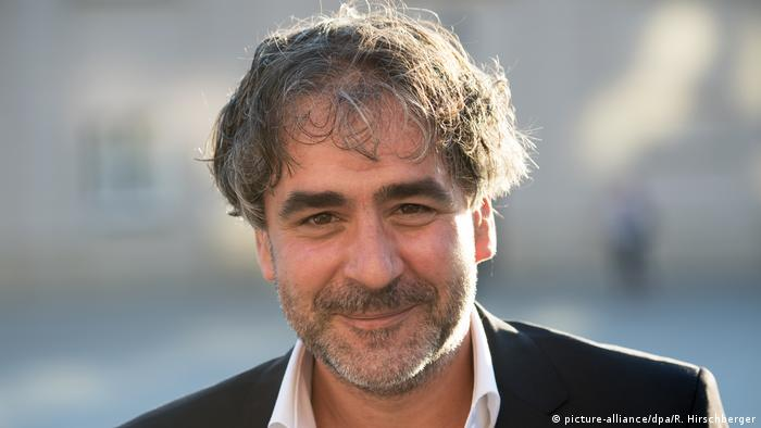 Deniz Yücel (picture-alliance/dpa/R. Hirschberger)