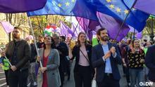 Datum: 1. Mai 2019 Copyright: DW Marsch Für Europa in Budapest, Katalin Cseh, Anna Donath und Andras Fekete-Györ. 1. Mai