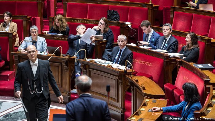 Frankreich, Paris: Debatte zum Wiederaufbau Notre Dames