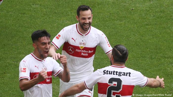 Fußball Bundesliga VfB Stuttgart vs VfL Wolfsburg Torjubel (Imago Images/Sportfoto Rudel)