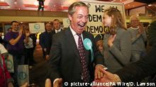 Großbritannien Nigel Farage beim Wahlkampf für die Europawahl in Sunderland