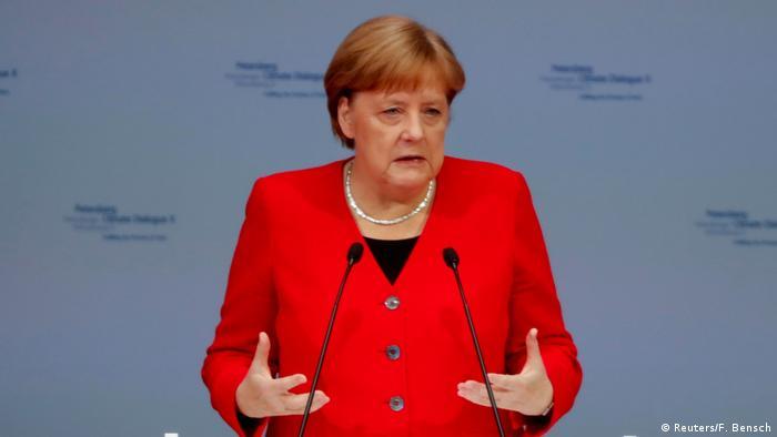 Ангела Меркел управлява в Германия от 14 години