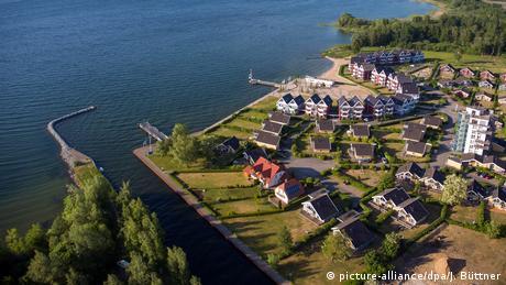 Deutschland Gewässer Hafendorf Rechlin (picture-alliance/dpa/J. Büttner)