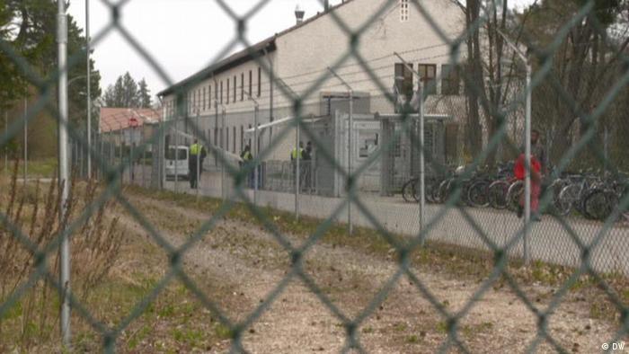 Asylum-seekers left in ′inhumane′ conditions in German refugee