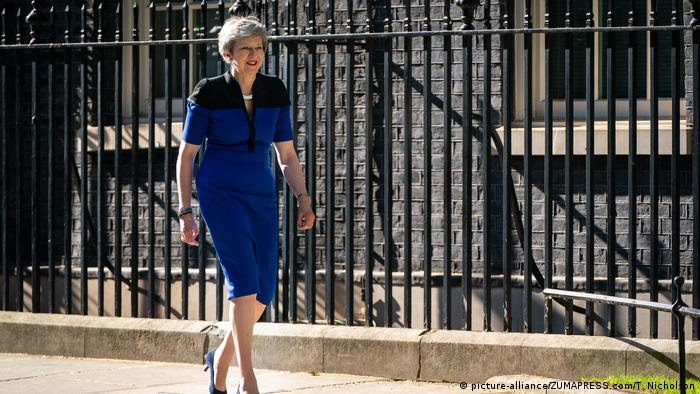 UK NATO | May trifft Stoltenberg in London (picture-alliance/ZUMAPRESS.com/T. Nicholson)