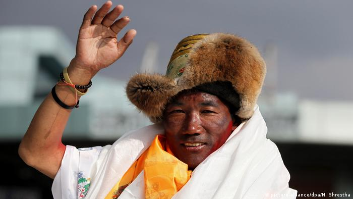 Sherpa Kami Rita (picture-alliance/dpa/N. Shrestha)