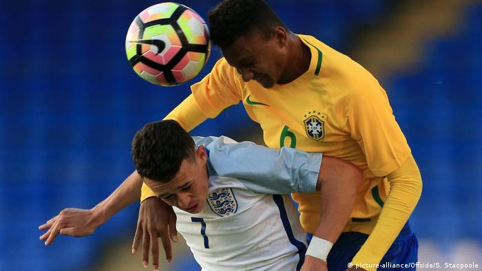 Testspiel - England U18 - Brasilien U18 Phil Foden (picture-alliance/Offside/S. Stacpoole)