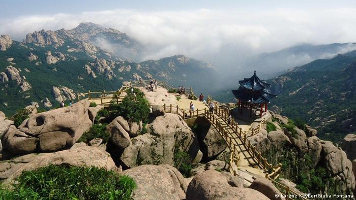 Hiking in China's Laoshan Mountains, en route from Europe to Australia without flying