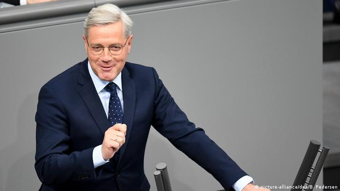 Bundestag Debatte Iran-Abkommen Norbert Röttgen (picture-alliance/dpa/B. Pedersen)