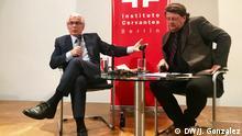 Baltasar Garzón und Wolfgang Kaleck bei einer Debatte im Instituto Cervantes in Berlin