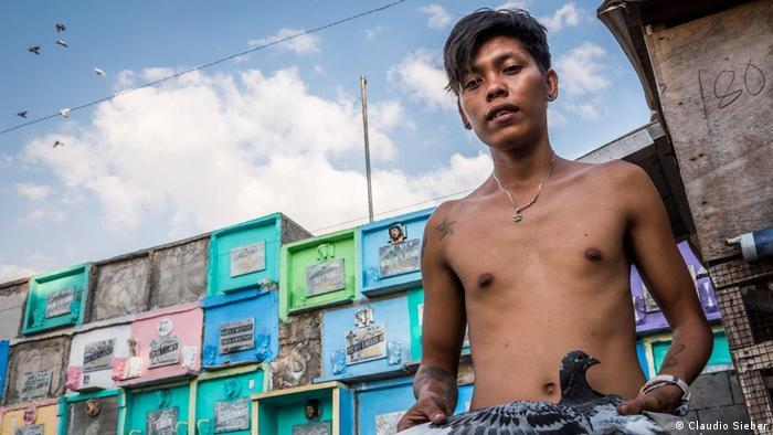 Philippinen Reportage Nordfriedhof Metro Manila (Claudio Sieber)