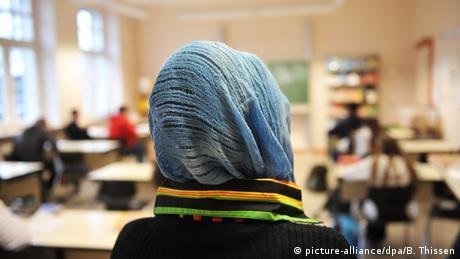 Η Τουρκία θέλει να ανοίξει σχολεία στη Γερμανία