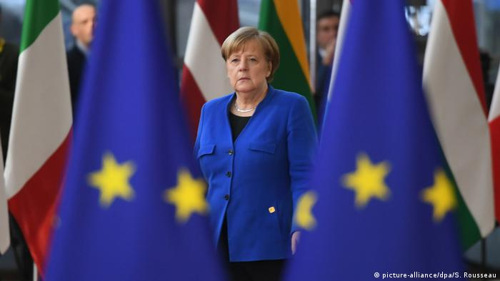 Angela Merkel (picture-alliance/dpa/S. Rousseau)