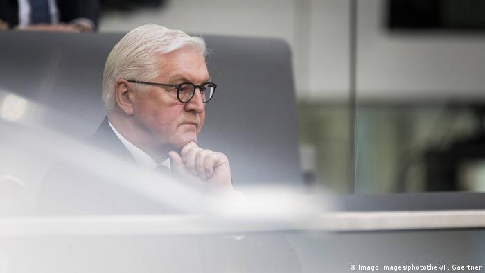 Bundestag - Debatte zu 70 Jahre Grundgesetz - Frank-Walter Steinmeier (Imago Images/photothek/F. Gaertner)